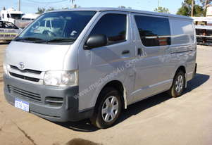 2009 Toyota Hiace 200 Series Van - In Auction