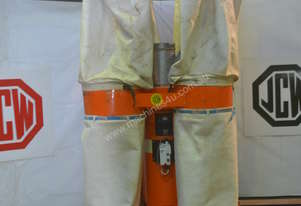 Heavy duty 4 bag dust extractor