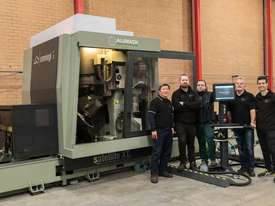Emmegi SATELLITE XT 5-axis CNC Machining Centre - picture3' - Click to enlarge