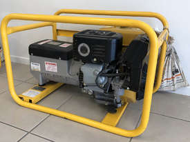 CROMMELINS P85E 8.5KVA PORTABLE HOME GENERATOR - picture0' - Click to enlarge