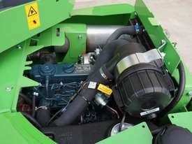Avant 423 Articulated Loader W/ 4 in 1 Bucket - picture10' - Click to enlarge