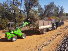 Avant 423 Articulated Loader W/ 4 in 1 Bucket - picture16' - Click to enlarge