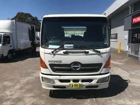Hino FC Ranger 5 Cab chassis Truck - picture1' - Click to enlarge