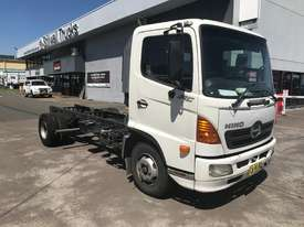 Hino FC Ranger 5 Cab chassis Truck - picture0' - Click to enlarge