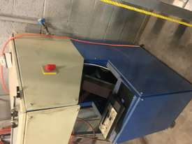 LAMINATED GLASS CUTTING MACHINE MODEL YGL-3826 - picture4' - Click to enlarge
