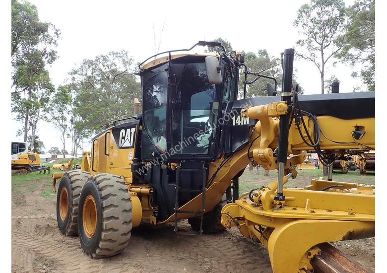 Caterpillar 14M Artic Grader Grader