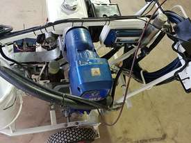 2010 Self Propelled A1 Roadlines Graco Hydrostatic Line Marking Machine GMAX II 7900 PD-SC - picture2' - Click to enlarge