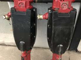 90 LB  AIR DRIVEN  JACK HAMMER  - picture0' - Click to enlarge