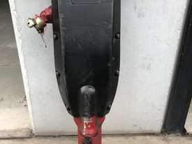 90 LB  AIR DRIVEN  JACK HAMMER  - picture1' - Click to enlarge