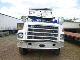 International S-Line Tipper Truck - picture12' - Click to enlarge