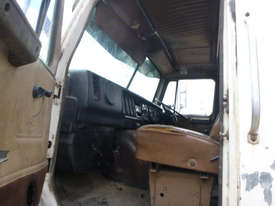 International S-Line Tipper Truck - picture16' - Click to enlarge