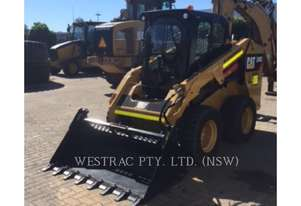 CATERPILLAR 246DLRC Skid Steer Loaders
