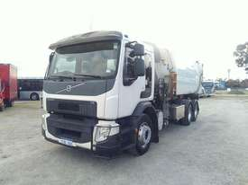 Volvo FE 300 - picture1' - Click to enlarge