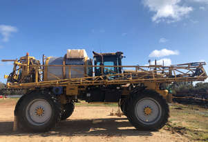 RoGator 1386 Boom Spray Sprayer