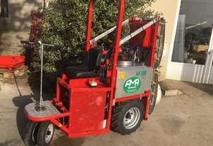 SELF PROPELLED GREENHOUSE SPRAYER