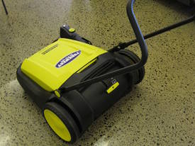 Karcher KM70/20 very high quality hand sweepers - picture5' - Click to enlarge