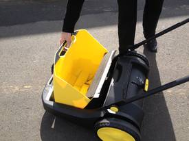 Karcher KM70/20 very high quality hand sweepers - picture9' - Click to enlarge