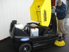 Karcher KM70/20 very high quality hand sweepers - picture13' - Click to enlarge