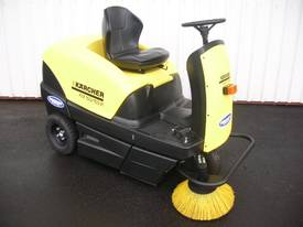 Karcher KM70/20 very high quality hand sweepers - picture14' - Click to enlarge