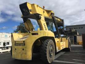 9.0T Diesel Reachstacker - picture1' - Click to enlarge