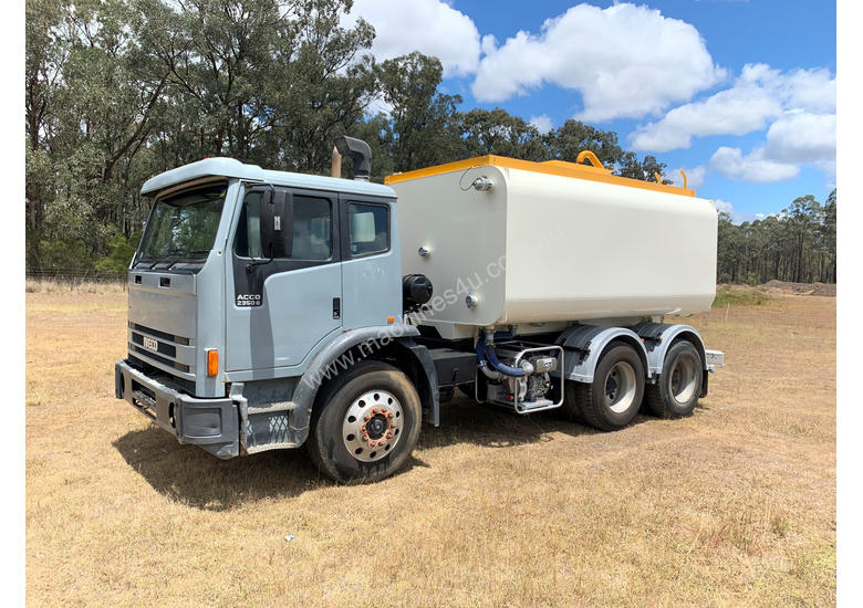 Iveco Acco 2350G Water truck Truck