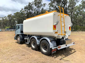 Iveco Acco 2350G Water truck Truck - picture2' - Click to enlarge