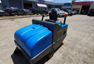 Conquest PB115E Ride on Electric sweeper. low hours