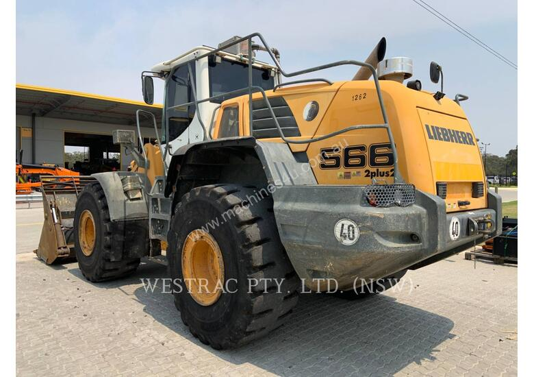 LIEBHERR L566 Wheel Loaders integrated Toolcarriers