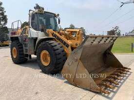 LIEBHERR L566 Wheel Loaders integrated Toolcarriers - picture1' - Click to enlarge