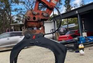 Roo Attachments 5T Hydraulic Grab