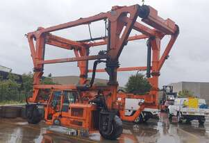Combilift Toplift Straddle Carrier