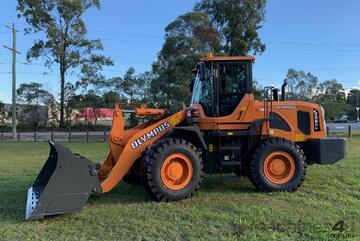 Olympus YX636HD Wheel Loader ( FACTORY DISCOUNT AVAILABLE I LEFT IN STOCK )