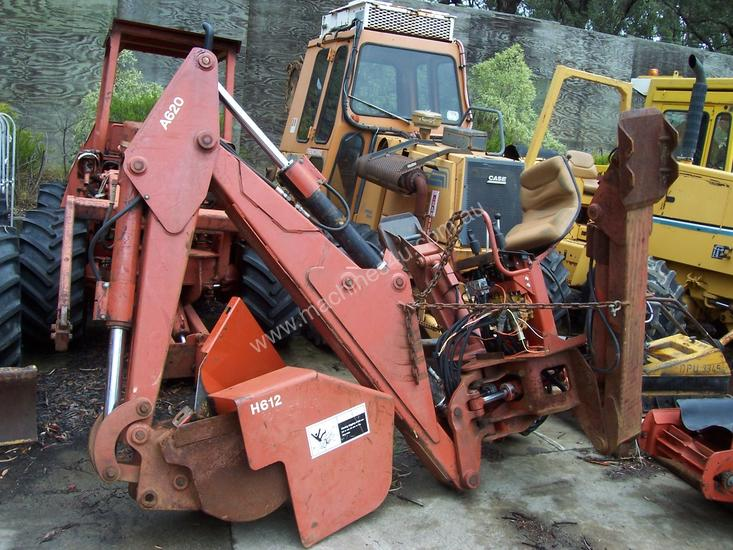 A620 b/hoe attachment for Ditch witch