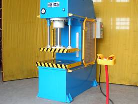 HEAVY DUTY INDUSTRIAL OPEN FRONT PRESS 80T~200TON - picture18' - Click to enlarge