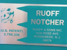RUOFF AUTOFEED NOTCHING MACHINE - picture2' - Click to enlarge
