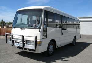 Nissan 1998   CIVILIAN FOR SALE
