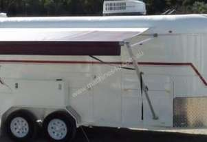 mcneilltrailers 3 horse with living for sale