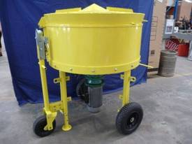 NEW BMAC TOOLS 300LITRE CONCRETE BATCH MIXER - picture1' - Click to enlarge