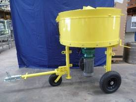 NEW BMAC TOOLS 300LITRE CONCRETE BATCH MIXER - picture2' - Click to enlarge