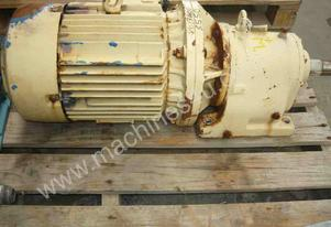 INDUSTRIAL REDUCTION BOX MOTOR/ 244RPM