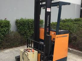 Toyota 2006 Stand Up Reach Truck - Newcastle