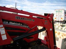 Mahindra 6110 CAB 4WD Tractor - picture6' - Click to enlarge