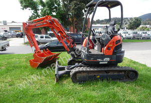 Kubota U35, 3.8T excavator for hire
