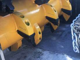 Fixed Flail Forestry Mulcher 8-12 T Excavator - picture2' - Click to enlarge