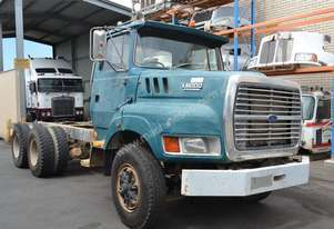 FORD L8000 LOUISVILLE Full Truck wrecking for parts to be sold - Top Quality great value