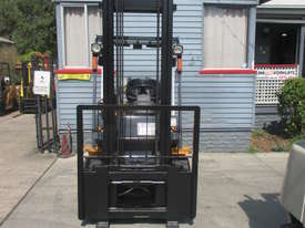 TCM 3 ton LPG, Weight Gauge,  Used Forklift - picture2' - Click to enlarge