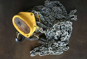 Chain Hoist 1.5 ton x 6 meter drop lifting Block and Tackle Tuffy