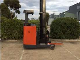 Toyota Reach Truck - picture0' - Click to enlarge