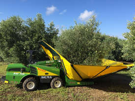 B411 MULTI PURPOSE OLIVE & NUT HARVESTER - picture0' - Click to enlarge