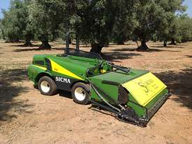 B411 MULTI PURPOSE OLIVE & NUT HARVESTER - picture5' - Click to enlarge